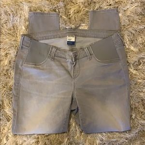 Old Navy Maternity Rockstar Jeans